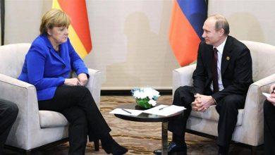 Photo of بوتين وميركل يبحثان التطورات في إدلب