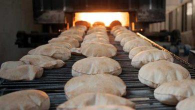 Photo of الخبز عبر البطاقة الذكية خلال أيام… واقتراح بتعميم تجربة حلب وعودة البيع إلى منافذ الأفران