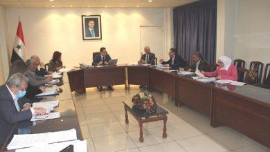 Photo of «الإسكان» تدرس تأمين مساكن لأعضاء الهيئة التدريسية بجامعة دمشق ومعهد إدارة الأعمال