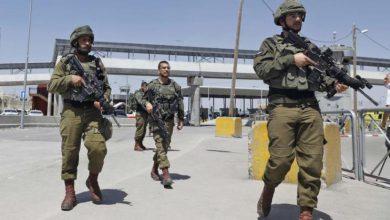 Photo of إصابة أردني حاول ادخال أسلحة برصاص الاحتلال الإسرائيلي