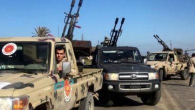 Photo of قوات حفتر تدعو إلى وقف سفك الدماء وتتراجع 3 كيلومترات عن طرابلس
