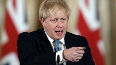 Photo of رئيس وزراء بريطانيا يحدد موعدا قريبا لظهور لقاح ضد كورونا