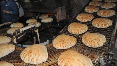 """صورة السوريون يستهلكون 5500 طن خبز يومياً والدعم مستمر بـ 500 ليرة للكيلو.. مدير """"السورية للمخابز"""" لـ """"الوطن"""": تعديل وزن ربطة الخبز لإلزام المخابز الخاصة بالإنتاج الحقيقي ومنع تهريب الطحين"""