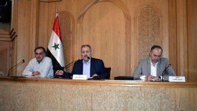 Photo of عرنوس: الوضع الاقتصادي في حلب في الاتجاه الصحيح