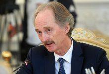 """صورة بيدرسون يبحث """"الجهود السياسية لحل الأزمة السورية"""" مع وزير الخارجية السعودي"""