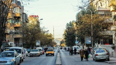 Photo of محافظة دمشق تزيل اللوحات الإعلانية عن أعمدة الإنارة