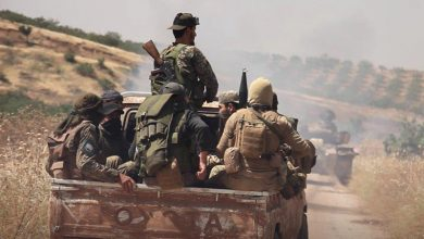 """صورة برعاية تركية ولتبييض صفحة """"الجولاني"""".. إرهابيو """"حراس الدين"""" يسلمون نقاطهم على """"M4″  لـ""""النصرة"""""""