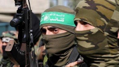 """Photo of هروب أحد قادة حماس الميدانيين إلى """"إسرائيل"""" واعتقالات بصفوف الحركة"""