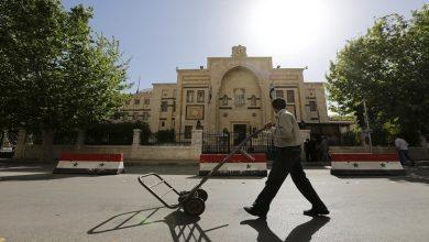 Photo of نقيب المحامين يأمل وصول 100 محام وقاض إلى مجلس الشعب