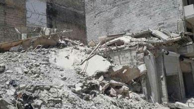 Photo of ضحية واحدة و١١ جريحاً في انهيار واجهة مبنى من طابقين أثناء ترميمها في حلب