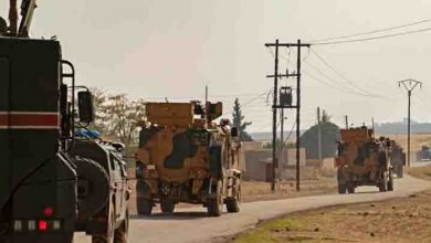صورة الاحتلال التركي يسيّر بمفرده دورية على «أم 4» وروسيا تقصف إرهابييه شمال إدلب