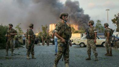 Photo of الجيش اللبناني يتسلم إدارة بيروت ويصدر أول بيان بعد إعلان حالة الطوارئ