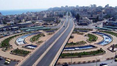 صورة إغلاق المعامل المُتعدية على المجاري المائية في اللاذقية