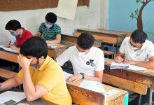 صورة طلاب حماة يقدمون امتحاناتهم للدورة التكميلية بمناطقهم
