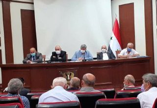 Photo of مطالبات بتخفيض الرسوم  على الشاحنات السورية المارة عبر الأراضي الأردنية وبدعم صادرات التفاح