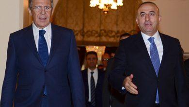 صورة الخارجية الروسبة: لافروف وتشاووش أوغلو أكدا استعداد موسكو وأنقرة لـتقديم كل دعم ممكن لعمل اللجنة الدستورية