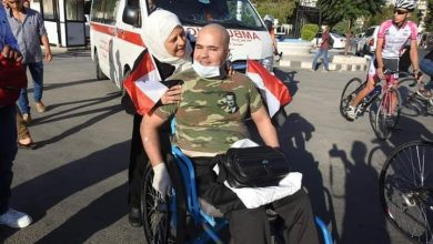Photo of عربون حب للوطن.. الجريح ديوب يبدأ مسيره من حماة إلى حلب على كرسيه المتحرك