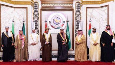 صورة أمين «مجلس التعاون الخليجي» في الدوحة سعياً لتحقيق المصالحة