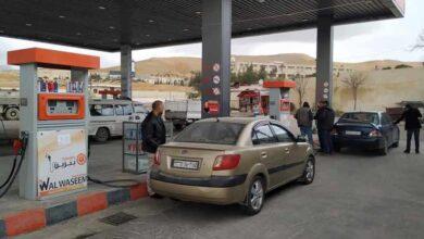 صورة ضبط محطتي وقود بريفي مصياف وسلمية تتلاعبان بالبنزين