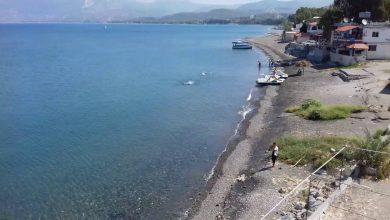 """صورة """"الوطن"""" توضح حقيقة هدم المحافظة أكواخاً على شاطئ البسيط"""