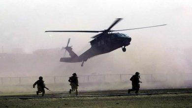 صورة حوامات الاحتلال الأميركي تنفذ إنزالاً في «الشحيل» وتختطف 3 أشخاص