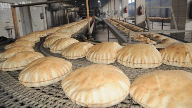 صورة اعتباراً من يوم غد.. ربطة الخبز بـ ١٠٠ ليرة سورية