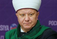 صورة رئيس المجمع الروحي لمسلمي روسيا يدين اغتيال الشيخ الأفيوني: حدث مؤلم وخسارة كبيرة