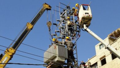 """صورة مدير كهرباء اللاذقية لـ""""الوطن"""": عودة التيار بنسبة 93 بالمئة للمناطق المتضررة من الحرائق"""