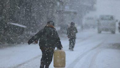 صورة البرد يصل قبل المازوت إلى منازل الأهالي بحماة!