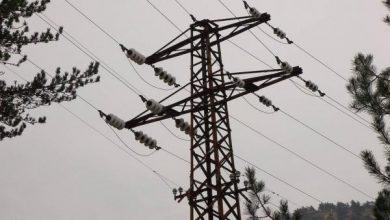 صورة الكهرباء تعود لكل الخطوط المتضررة بالعاصفة في ريف مصياف