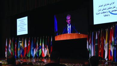 صورة لافروف: حل أزمة اللاجئين يتطلب مشاركة المجتمع الدولي وتوقف بعض الدول عن تسييس هذا الملف