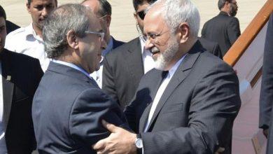 صورة ظريف مهنئاً المقداد: معاً لمواصلة التعاون الإستراتيجي بين طهران ودمشق