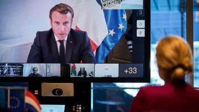 """صورة ماكرون يشترط على """"الساسة اللبنانيين"""" تشكيل حكومة للحصول على مساعدات دولية"""