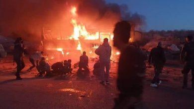 صورة 25 شهيدا و13 جريحا بهجوم لإرهابيي داعش على حافلة في طريق تدمر – دير الزور