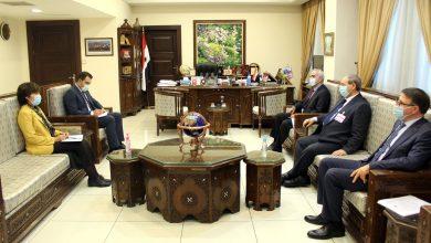 صورة المقداد يؤكد على ضرورة تعزيز التعاون بين الحكومة السورية ومنظمة الصحة العالمية بما يتناسب مع حجم التحديات