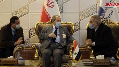 صورة المقداد يبدأ زيارة رسمية لإيران يجري خلالها محادثات تتركز على تعزيز العلاقات الثنائية