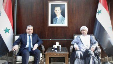 صورة وزير المالية يبحث مع سفير سلطنة عمان تعزيز التعاون المالي والمصرفي والجمركي