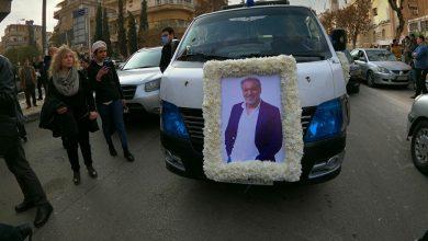 صورة شقيق الراحل حاتم علي يشكر الدولة السورية