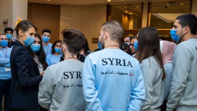 صورة السيدة أسماء الأسد تلتقي المشاركين في الأولمبياد العلمي 2021
