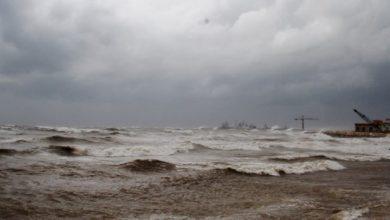 صورة بسبب الأحوال الجوية.. إغلاق موانئ طرطوس واللاذقية ومصب النفط في بانياس