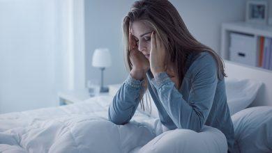 صورة عواقب قلة النوم.. اكتئاب وصداع واضطرابات قلبية