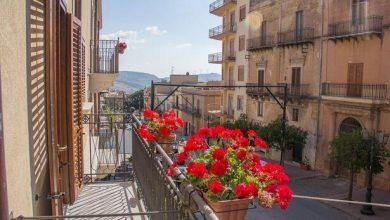 صورة بلدة إيطالية تعرض منازلها بسعر أرخص من فنجان قهوة