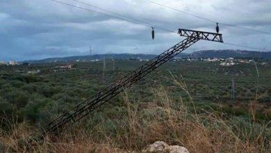 """صورة مدير كهرباء اللاذقية لـ""""الوطن"""": انهيار برج قرفيص جراء العاصفة والتغذية تعود صباحاً"""