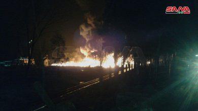 صورة وزير النفط: خسائر الحريق 7 صهاريج فقط.. ومحافظ حمص: الحريق قيد السيطرة