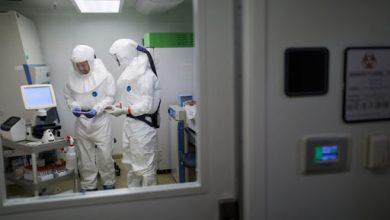 صورة الصحة الروسية تدرس وثائق لقاح ثالث ضد كورونا لتسجيله رسميا