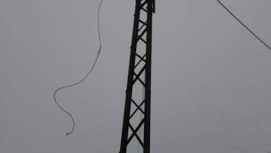 صورة العاصفة الثلجية تعطل خطوط كهرباء بريف مصياف