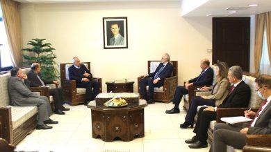 صورة الجعفري خلال استقباله طلال ناجي: سورية مستمرة بدعم القضية الفلسطينية