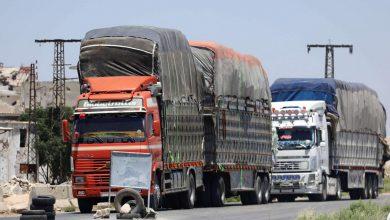 صورة تهريب أكثر من ٤٠ شاحنة محملة بالقمح السوري المسروق إلى العراق