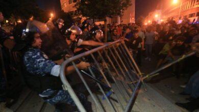صورة الاحتجاجات تعود لشوارع بيروت مع رفض الحريري تشكيلة الحكومة المقدمة من عون