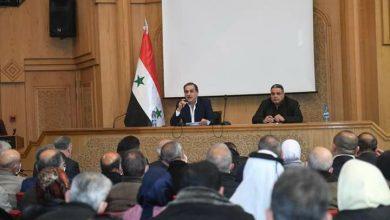 صورة محافظ حلب يؤكد على ضرورة مشاركة المجتمع المحلي في الخطط الخدمية